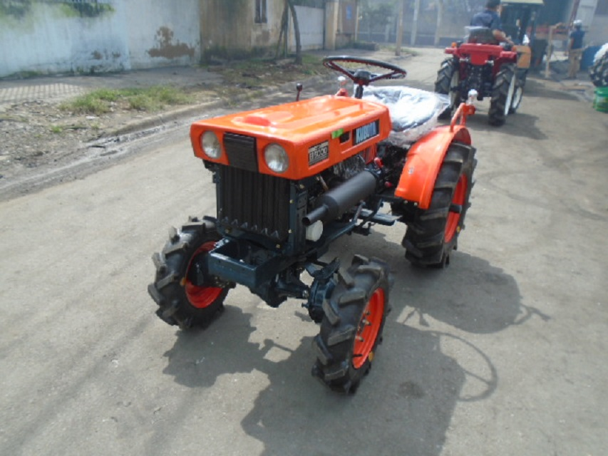 Kubota tractor B5000DT 4WD (Reconditioned/Refurbished)