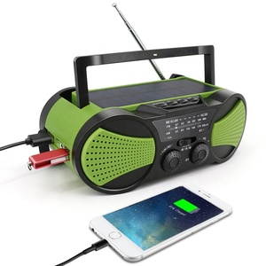 portable hand crank and solar charging fm radio speaker with usb port & sd
