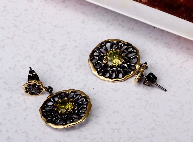 New Fancy Jewelry Gothic Design Black and Gold Plated Cubic Zirconia Drop Earrings