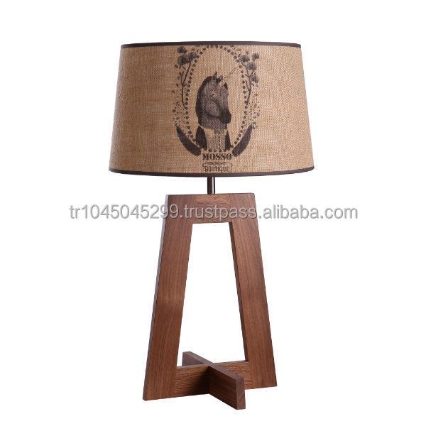 Angolare lampada da tavolo in legno, artigianali, disegno geometrico ...