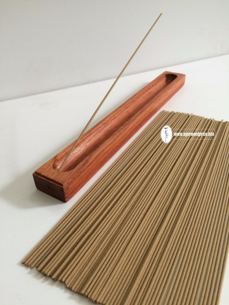 Aloeswood incense 21cm long with no bamboo sticks inside using for relaxing method