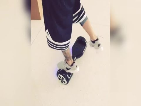 Justin Bieber Falls Electric Standing Scooter Skateboard [May 14, 2015]