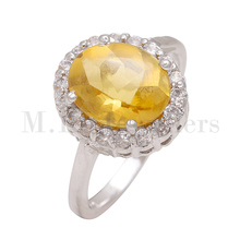 Stylish 925 sterling silver Citrine and American Diamond silver ring