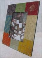 ANTIQUE LOOK HANDCRAFTED WOODEN PAINTED PHOTO FRAME IN MULTI COLOR WITH BLOCK PIRINT STYLE FOR HOME DECOR SIF 9A