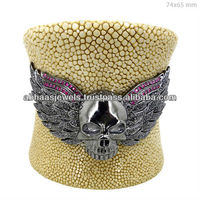 Stingray Leather Cuff Bracelet 925 Sterling Silver Ruby Diamond Motif Scary Wings Fashion Handmade Jewelry