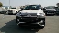 Toyota Land Cruiser Diesel GXR 4.5L LC200 Exclusive Edition 2017