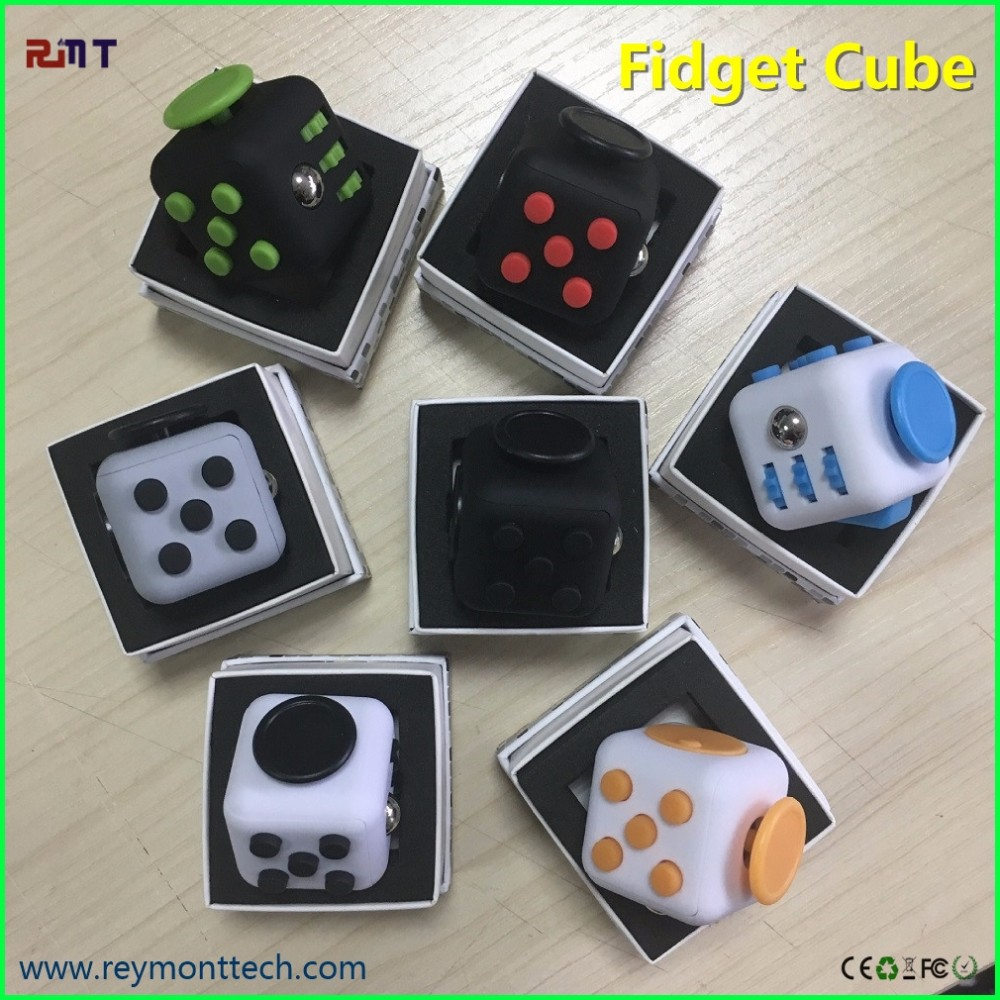2017 Kickstarter Hottest Item Anti Stress Fidget Cube Magic Cube ...