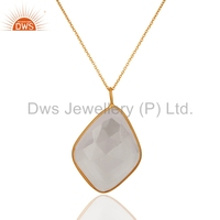 Bezel Setting Natural Crystal Quartz Pendant 18K Gold Plated Crystal Pendant