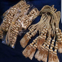 Golden tassels bullion