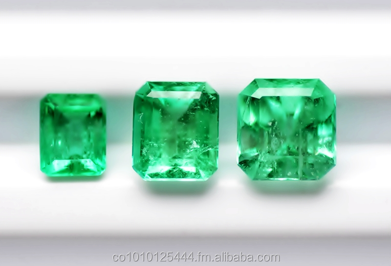 "6.57 Cts natural Colombian Emerald ""Cut Emerald"""