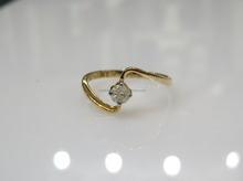 0.19cts Solitaire Diamond Ring In 14K Gold