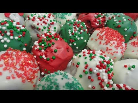 Red Velvet Christmas Truffles cake pops without the stick)