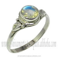 Pale Beauty antique 925 sterling silver rainbow moonstone ring