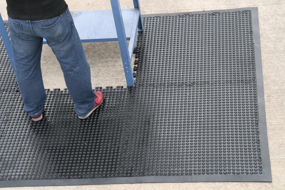 Wholesaler Flooring Liquidators Flooring Liquidators