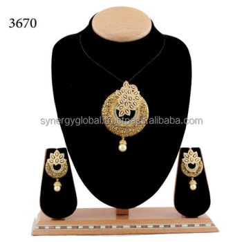 diamond gold gm ct weight pendant kt ps set