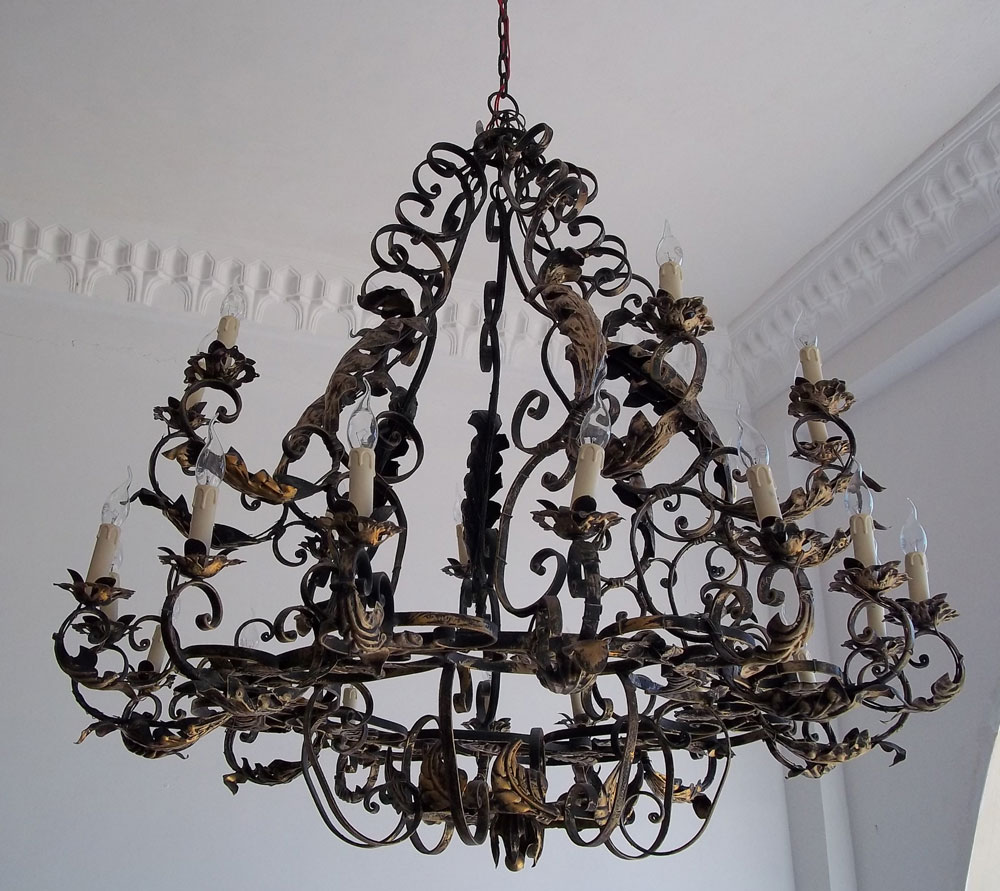 Wrought Iron Rustic Entry Chandelier