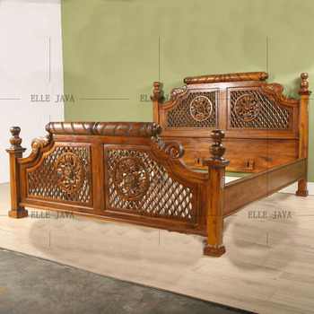 Hand Carving Wooden Furniture Bed Elegant Indonesia Antique Style