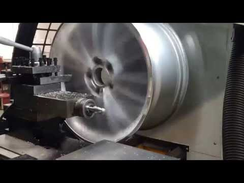 BMW diamond cut Alloy wheel repair cnc lathe for refursbishment wheel and wheel lathe