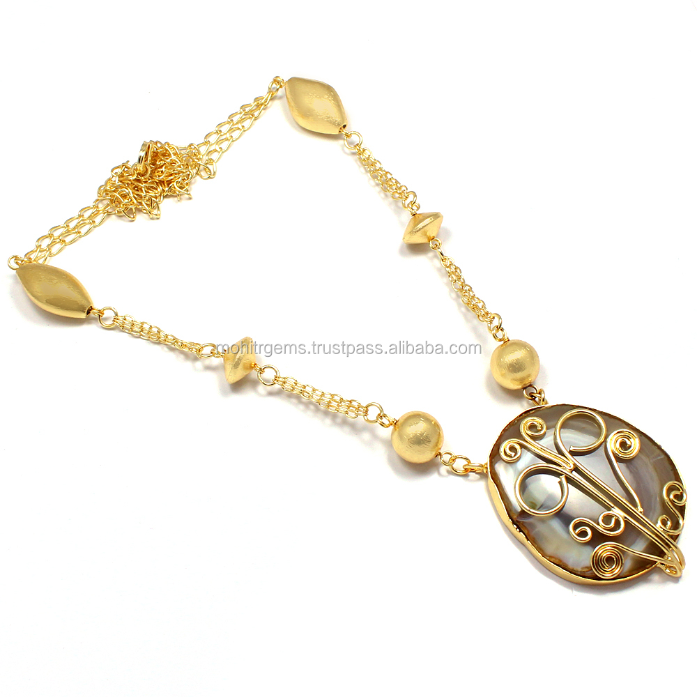 22 Carat Gold Plated Agate Slice Beaded Chain Vintage Beautiful l Necklace