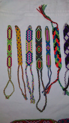 Wayuu Bracelets. Handwoven in cotton. Knots work. small size 1.5 cms
