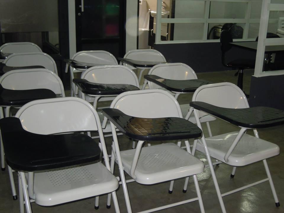 L 39 cole chaises s parateur de bureaux et meubles id de produit 500274883 - Acheteur de meubles usages ...