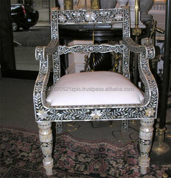 Exceptionnel Mother Of Pearl Inlay Royal Armchair
