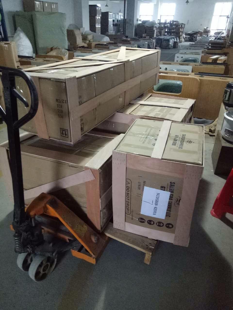 高品質男理髪椅子油圧ヴィンテージ理容椅子ヘアーヘアサロン家具使用 CB-BC001