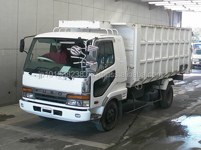 Mitsubishi Fuso Dump Truck (729)