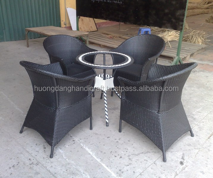 Quick service item rattan coffee table & chairs from Vietnam