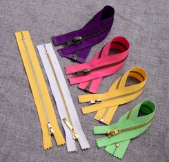 No. 5 Nylon Zippers Long Chain