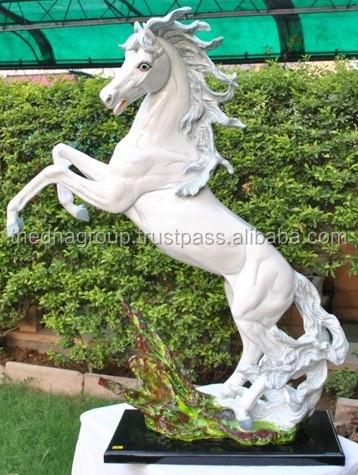 Excellent Classic Resin Horse Garden Statue