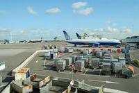 International cheap air freight sea freight and courier service freight forwarder