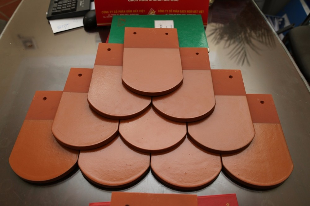 The best quality Terracotta roofing tiles glazing