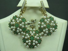 925 Sterling Silver Fashion Emerald Pearl Zircon Jewelry Set Wholesale