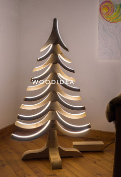 Wooden Spiral Lighted Christmas Tree