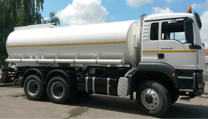 Water Tank Truck (stainless Steel) With Spray Bar  Germany  - Buy Water  Tank Truck,Transportation Of Drinking Water,Stainless Steel Tank Body  Product