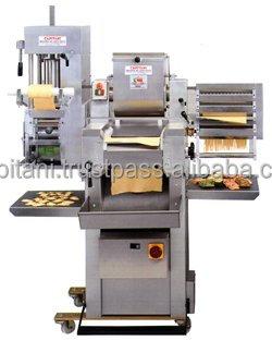 pasta and ravioli makers buy ravioli maker machine commercial ravioli maker machine italian. Black Bedroom Furniture Sets. Home Design Ideas