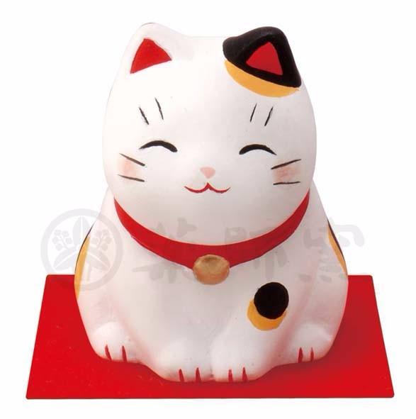 popular japanese setoyaki lucky cat with unique design