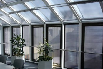 Opalvario Smart German Roller Blind With Transparent Shade
