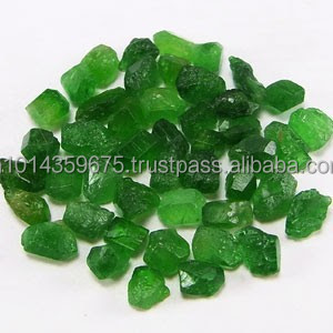 Direct Mines Green Garnet Gemstone Rough Raw Material Manufacture Supply  Wholesale Semi Precious Stones Natural