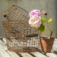Rustic Design Home storage Wire Mesh Large Basket With Wooden Handle