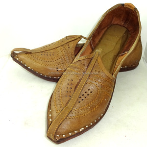 7d8332ff2fd0d Men Leather Jutti Traditional Punjabi Jutti