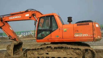 High Quality Used Doosan Dh220-5 Excavator Price,Used Daewoo ...
