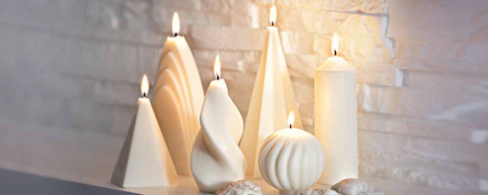 European factory provides wholesale of various molded candles made with hands for your pleasure and decoration of home