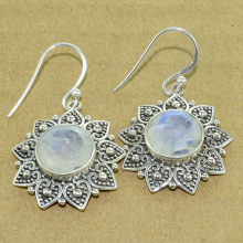 Charming rainbow moonstone gemstone jewelry earring sterling 925 silver earring handmade silver jewelry