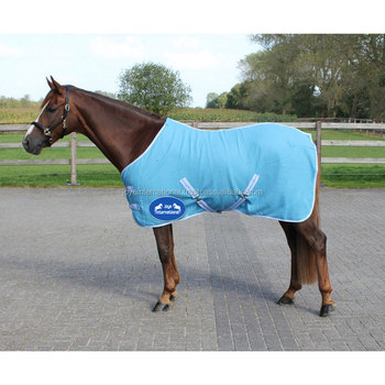 New Polar Fleece Horse Travel Rug With Cross Belts Red Choice Of Sizes