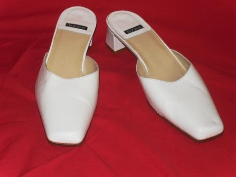 THRIFT IDEA Women's Shoes White Size 7.5 Made in Spain by HYPE Wedding Shoes Slides Slip Ons