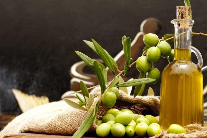 「olive oil」的圖片搜尋結果