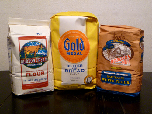 WHEAT FLOUR / BEST GRADE WHEAT FLOUR FOR BREAD AND OTHERS.