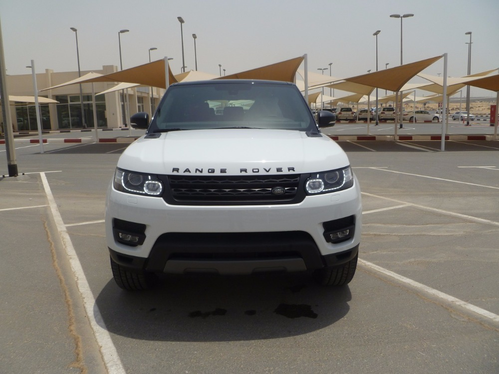 LHD - RANGE ROVER SPORTS L494 5.0L PETROL SUPERCHARGE HSE